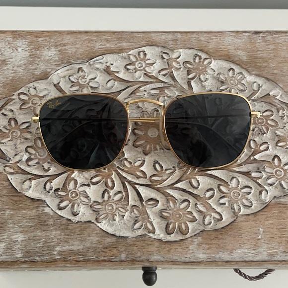 Ray-Ban Gold Frank Legend Sunglasses